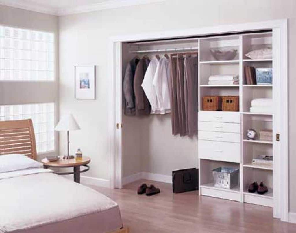 Winning white sliding door bedroom closet